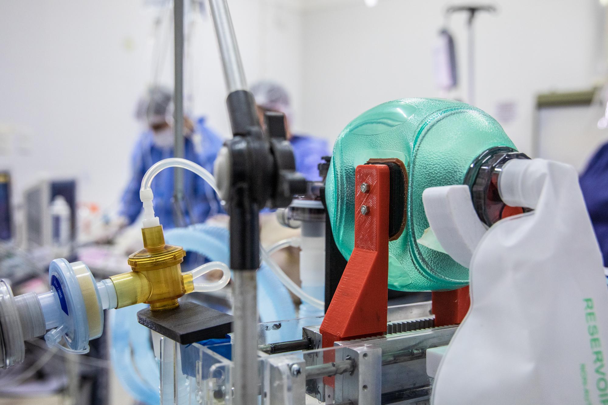 La UNRaf desarrolla un ciclador para soporte respiratorio